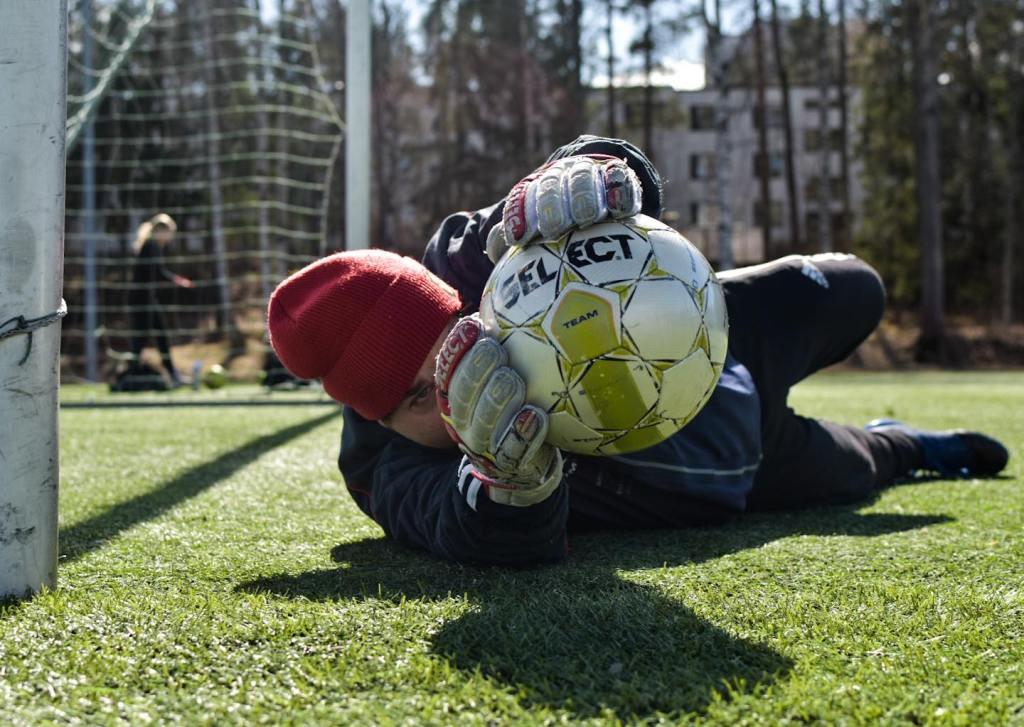 jalkapallomaalivahdin lähitorjunta