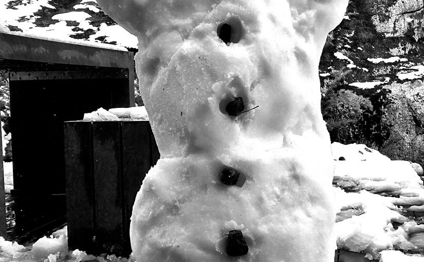 Lajunen: Lumiukkoja ja muita huhtikuisiajoulutarinoita